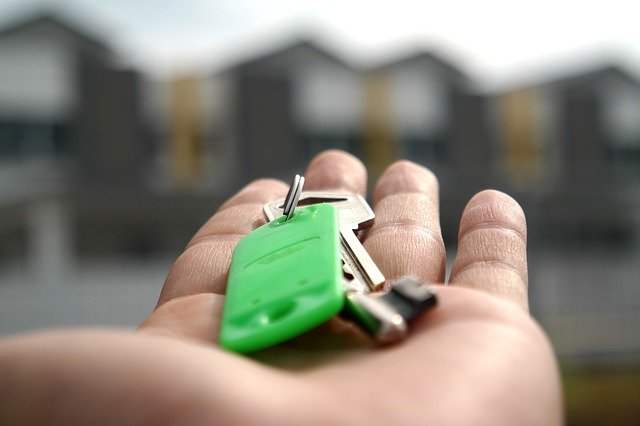 Mortgage fees continue slipping – will they finally decline to 0 %?